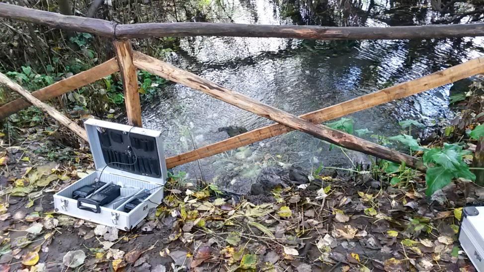 La misura di parametri chimico-fisici delle acque presso un sito di campionamento dell'INGV